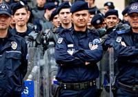 52 Polis Görevden Alındı