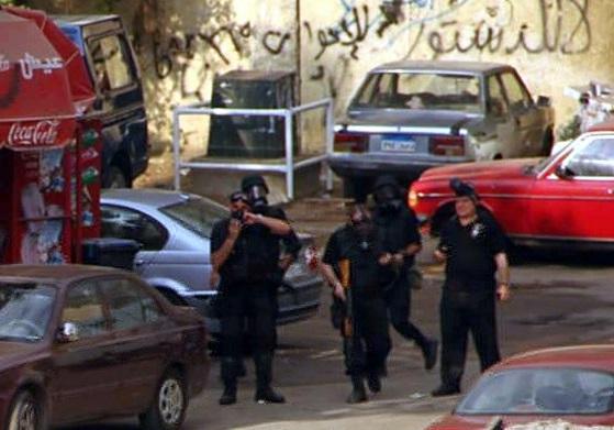 AA Ekibini Askerler Mısır`da Gözaltına Aldı
