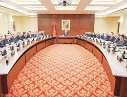 AK Partide Hangi Bakanlar Gidecek