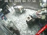 Adanadaki Hırsızın Kahvaltısnı İzle