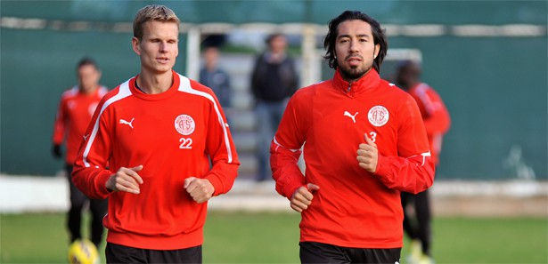 Antalyaspor 2. Yarı Hazırlıklarını İzle