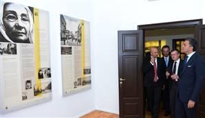 Atatürk Evi Ziyarete Açıldı