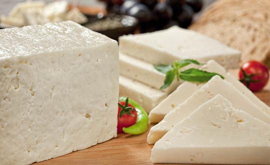 Beyaz Peynire Kireç Karıştırıyorlar