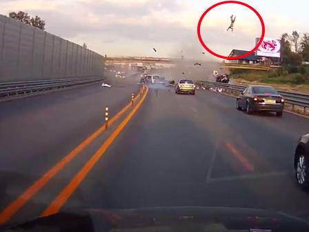 Böyle Korkunç Kaza Görülmedi (Video)