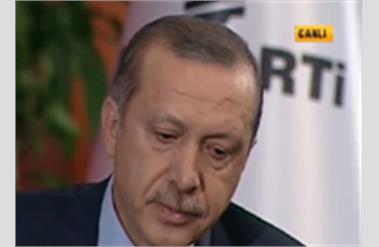 Canlı Yayında Ağlayan Erdoğana Günaydan Ali Çıkışı