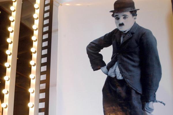 Chaplinin Bastonu 420 Bin Dolara Satıldı