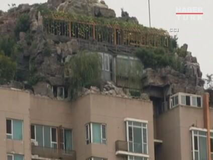 Çinde 26. Kattaki Dağ Villası Görenleri Hayrete Düşürüyor