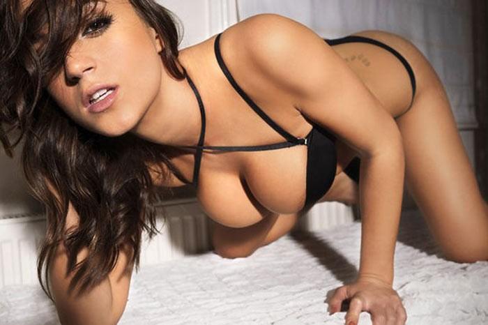 Claudia Romani Seksi Görüntüleri