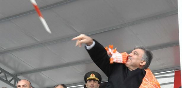 Cumhurbaskani Abdullah Gul Cirit Atma Goruntuleri Cumhurbaşkanı Abdullah Gül Cirit Atma Görüntüleri