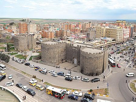 Diyarbakırda Çözüm Sofrası