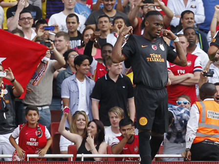 Drogba Arsenal Taraftarını Böyle Kızdırdı
