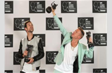 Dünyaca Ünlü İsimler 2013 MTV Video Müzik Ödüllerine Damgasını Vurdu