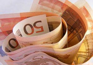 Euro 1 Ayın Zirvesine Yaklaştı