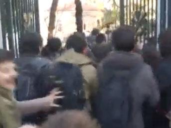 Galatasaray Üniversitesi Kavga Görüntüleri İzle