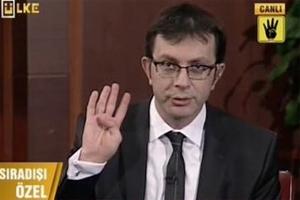 Gazeteciler De Başbakana Ayak Uydurdu; R4bia Selamı İle Kapanış