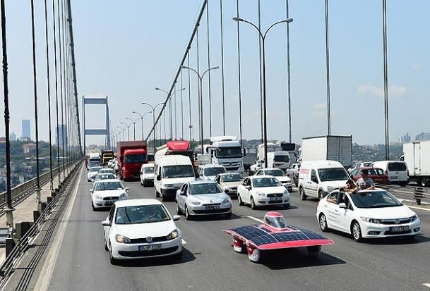 Güneş Arabası Ankara Yolunda
