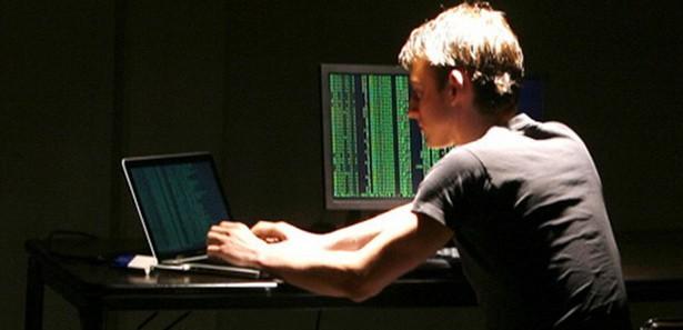 Hackerın Çaldığını Banka Ödeyecek