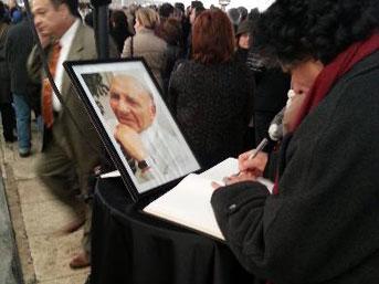 Asım Kocabıyık Cenaze Töreni İzle