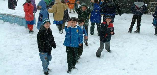 Kar Nedeniyle Okulların Tatil Edildiği İl Ve İlçeler