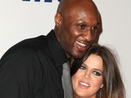 Kardashian Yine Aldatıldı