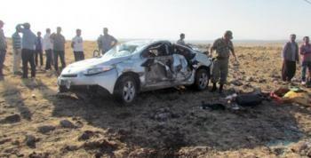 Kavşakta Takla Atan Araç Şarampole Yuvarlandı 2 Ölü 8 Yaralı