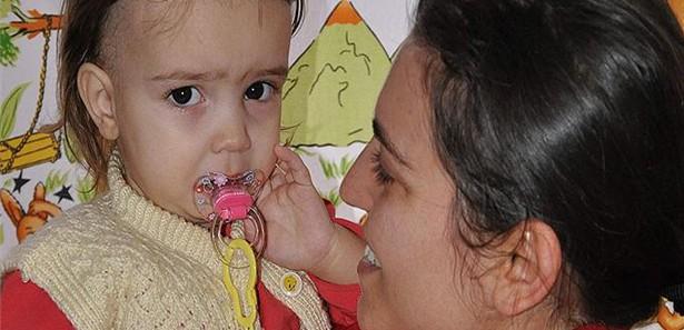 Kayseride Kızı İçin Kendisi Ameliyat Olmayan Anne