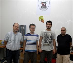 Kıbrıs Ambargosunu Robot Futbolcular Deldi (Özel)