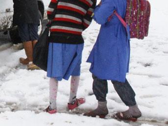 Okullarda Serbest Kıyafetin Zararları Nedir