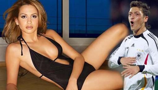 Mandy Grace Capristo Seksi Görüntüleri