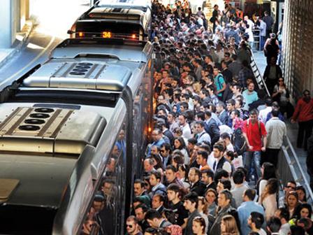 Metrobüslere Koku Uygulaması