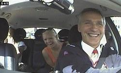 Norveç Başbakanı Bir Günlüğüne Taksi Şoförü Oldu
