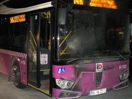 Okmeydanında Yine Otobüse Saldırdılar