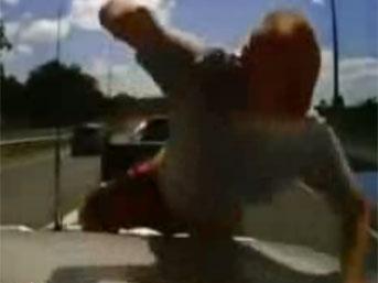 Avustralyada Otoyolda Kazaları İzle