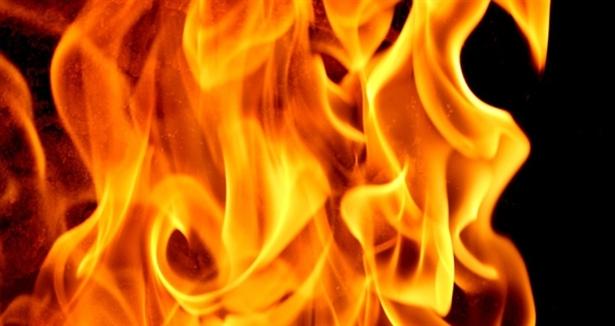 Pakistanda Hastanede Yangın 8 Ölü