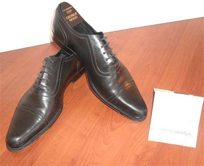Polat Alemdar Boluda Ayakkabısını Müzeye HEdiye Etti