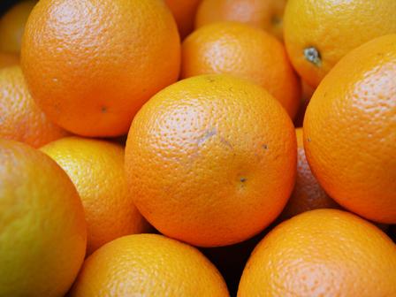 Portakaldan Boğularak Ölen Adam