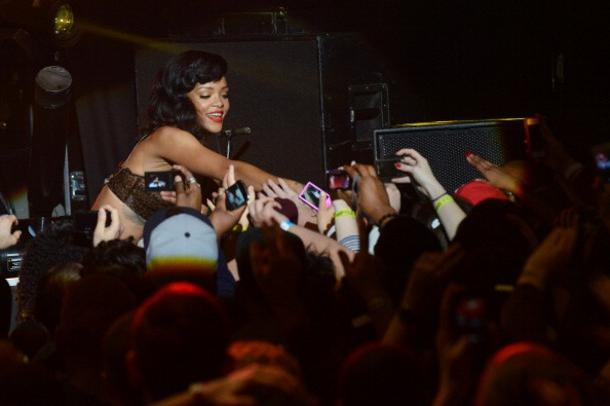 Rihanna İstanbula Ne Zaman Gelecek