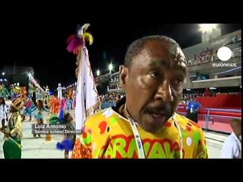 Rio Karnavalı Samba Okullarnın Geçiş Töreni