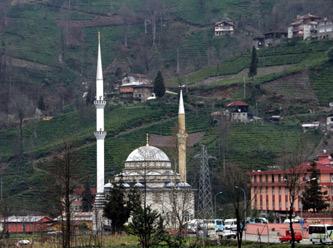 Rize Muradiyedeki Minare