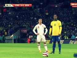 Ronaldinhonun KAçırdığı Penaltıyı İzle