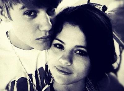 Selena Gomez Justin Bieber ile Ayrıldı Mı